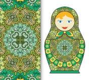 Russische Puppenspielzeugandenken, nahtloses geometrisches Blumenmuster Lizenzfreie Stockbilder