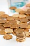 Russische Rubel Banknoten und Münzen lizenzfreies stockbild