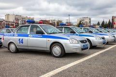 Russische Streifenwagen des Zustands-Automobil-Inspektorats auf Stockfotografie