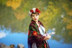 Russische Volkskünstlerin Stockfotos