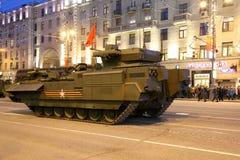 Russische Waffen Wiederholung der Militärparade (nachts) nahe dem Kreml, Moskau, Russland Lizenzfreies Stockfoto