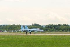Russischer flacher Kämpfer Su-35 Flanker-e Stockfoto