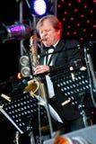 Russischer Jazzmusiker Igor Butman führt durch Stockfotografie