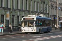 Russischer Oberleitungsbus Lizenzfreies Stockfoto