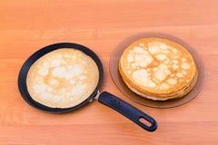 Russischer Pfannkuchen Blini Lizenzfreie Stockfotos