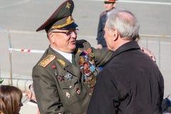 Russischer Veteran an der Parade auf jährlicher Victory Day Lizenzfreies Stockfoto