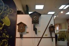 Russland, Angarsk 02/01/2018 Museum der alten Uhr Lizenzfreie Stockfotografie