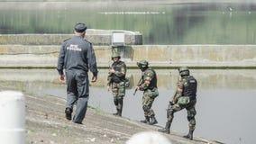 Russland, Belgorod, am 25. Juli 2016: Übungen von speziellen militärischen Einheiten stürmen Sie die gefangengenommene Basis auf  Stockfoto