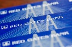 Russland - 14. Dezember 2016: Rote Tore haben BNKV-Karten ein Bankkonto, die aufhörten, Ablagerungen herauszugeben und aufhörten  Stockbilder