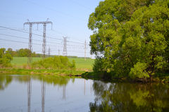 Russland, Fluss, Bäume, Stromlinie Stockbilder