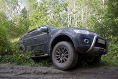 Russland, Karelien, am 16. Juli 2015: Foto von Sport Mitsubishis Pajero in Russland Mitsubishi Pajero ist abtreiben ro ein kompak Lizenzfreies Stockbild