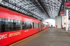 Russland, Moskau: Aeroexpress von Bahnhof Belorussky zu S Lizenzfreie Stockbilder
