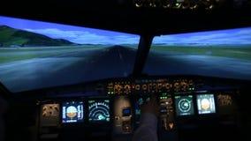 Russland, Moskau - 26. Juni 2016: Simulator für Ausbildungspiloten der Flugzeuge Lernen des Starts stock footage