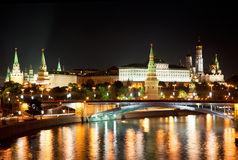 Russland, Moskau, Nachtansicht lizenzfreie stockfotografie