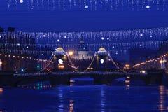Russland, St Petersburg, Ansicht der Lomonosov-Brücke und der Dreiheits-Kathedrale Stockfotografie