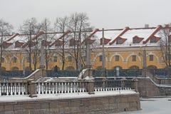 Russland, St Petersburg, Blizzard über dem Stadtdamm Lizenzfreie Stockfotos