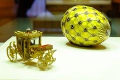 Russland St Petersburg Geschossen 12 05 2017 Jahre Fotograf Andrey Mikhailov Renaissance, Faberge-Ei Jetzt beim Faberge Museu lizenzfreies stockfoto