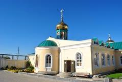 Russland, Zadonsk am 17. August 2017 Klostertempel mit Hauben Stockfotos