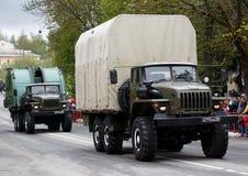 RUSSO, KOZELSK, o 9 de maio de 2017, Victory Day, o 9 de maio Para militares Fotografia de Stock Royalty Free
