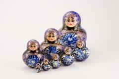 Russo que empilha e bonecas do aninhamento Fotografia de Stock