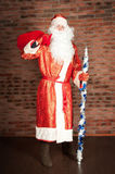 Russo Santa Claus, Ded Moroz com saco, presentes Fotos de Stock Royalty Free