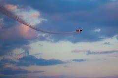 Rust Bravo 3 uit Vliegtuigen: 2 x Sukhoi 26M Stock Fotografie