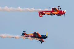 Rust Bravo 3 uit Vliegtuigen: 2 x Sukhoi 26M Stock Afbeeldingen