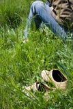Rust op het gras stock afbeeldingen