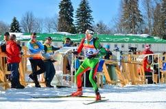 Rustam Valiulin konkurriert in regionaler Schale IBU Lizenzfreie Stockfotos