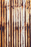 Rusted acanaló el metal Imagenes de archivo