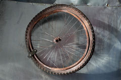 Free Rusted Bicycle Wheel Royalty Free Stock Images - 89394149
