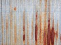 Rusted galvanisierte Eisendach Stockfotografie