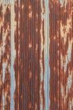 Rusted galvanisierte Eisendachplatte Lizenzfreie Stockbilder
