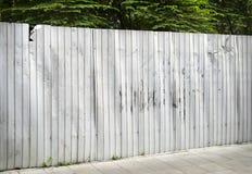 Rusted galvanisierte Eisenplatte und Hintergrundfoto Stockfotografie