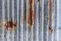 Rusted galvanizó la placa del hierro Foto de archivo libre de regalías