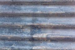 Rusted galvanizou a placa do ferro imagem de stock royalty free