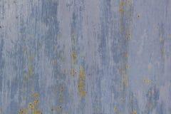 Rusted pintou a corrosão da parede do metal com as raias da oxidação fotos de stock royalty free