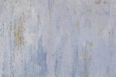 Rusted pintou a corrosão da parede do metal com as raias da oxidação imagem de stock