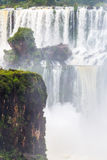 Rusteloos water bij Iguazu-dalingen royalty-vrije stock foto