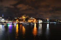 Rustem Pasha meczet od Galata mosta Istanbuł Turcja zdjęcie royalty free
