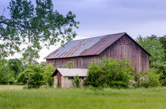 Rustic barn with character Royalty Free Stock Photos