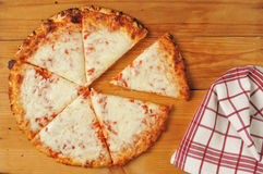 Rustic cheese pizza Royalty Free Stock Images