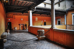 Rustic courtyard in hdr Royalty Free Stock Photography