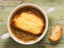 Rustic french onion soup Royalty Free Stock Images