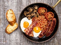 Rustic full english breakfast Royalty Free Stock Photos