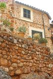 Rustic home with plants in Fornalutx, Mallorca Royalty Free Stock Photos