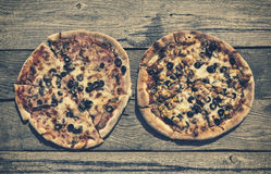Rustic pizza Royalty Free Stock Photos