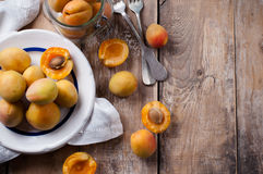 Rustic still life with apricots Royalty Free Stock Images