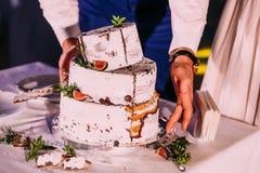 Rustic wedding cake royalty free stock photography