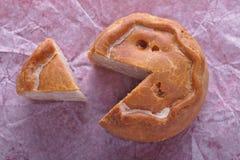 Taglio rustico della torta di porco Fotografia Stock